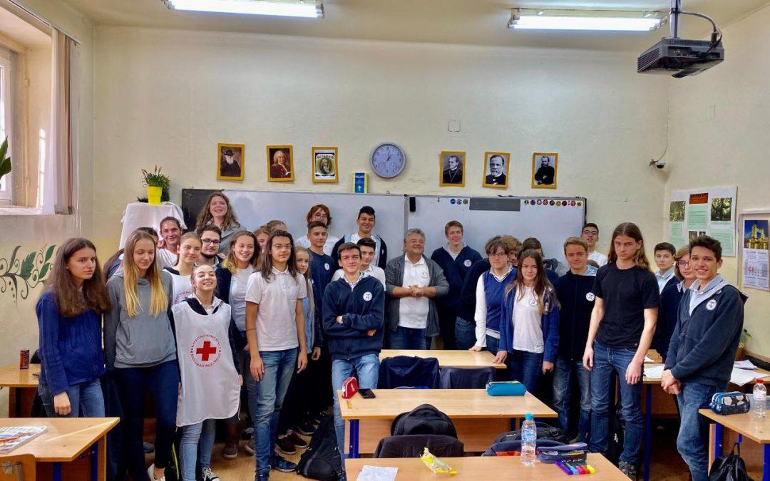 Обновление на училищния клуб към БМЧК