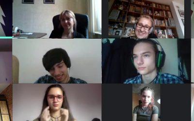 Онлайн изпращане на абитуриентите на Първа частна математическа гимназия